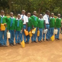 Kabagwe School - queue for water